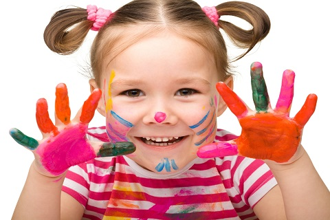 Girl face paint playgroup